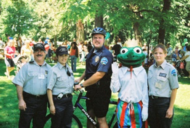 Frog O'Faire 2006 - Officer Kevin Blaich on Bike Patrol with Auxiliary Members